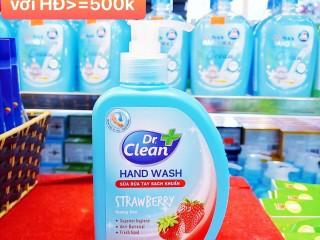 Nhà sách Tiến Thọ khuyến mãi tặng nước rửa tay